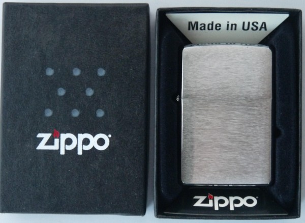 Zippo Chrom gebürstet Feuerzeug Lighter Benzinfeuerzeug