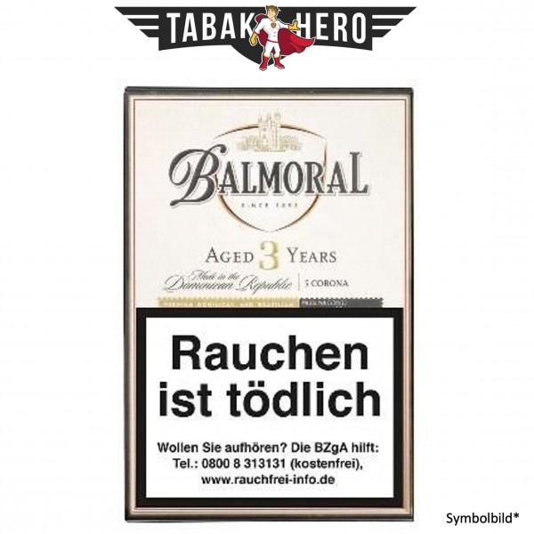 Balmoral Dominican Selection Aged 3 Years Corona (10x5 Zigarren)
